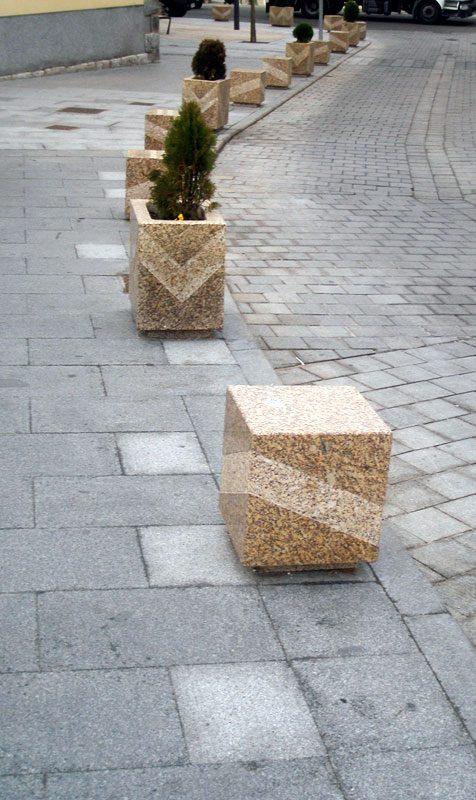 Mobiliario urbano en granito artesan a en piedra granito for Granito en piedra